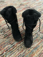 The North Face Abby III Women Black Suede Leather Snow Boots  Primaloft Sz 5.5