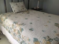 Golden Yelliw & Green Belgian tapestry Full Queen bed cover & pillow sham