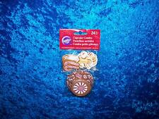 WILTON CHRISTMAS CANDY COTTAGE COMBO BAKING CUPS CUPCAKE LINERS & PICKS 24 COUNT