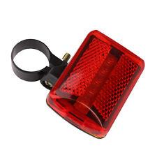 Feu arrière LED de vélo, avec 2 piles AA, 7 cm sur 4,5 cm, état neuf