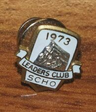 "Vintage 1973 ""Leaders Club Scho"" 1/10 10K Gold Toned Small Collectible Pin *Read"
