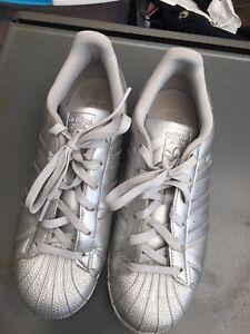 Adidas Originals Superstar Silver Metallic Silver Sneakers...Sz 7....EUC
