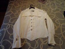 Camisa blanca de mujer. Talla única. Usada. Mira mis otros artículos.
