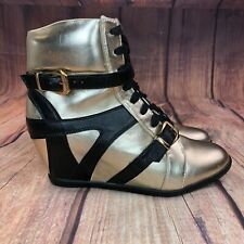 Shoedazzle Appear Hidden Wedge Sneakers Women Size 8.5 Athletic Shoes NEW