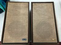 Vintage KLH Model Thirty Two 32 Speakers Set of 2 Consecutive Serial # Works