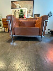 Le Corbusier LC3 Replica Chair (le petit confort)