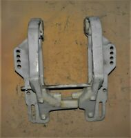 DQ4K18533 Johnson 50 HP Stern Bracket Set PN 0319932 Fits 1975-1997