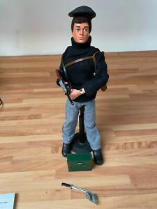 VINTAGE ACTION MAN FRENCH RESISTANCE COMPLETE