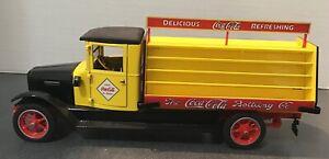DANBURY MINT 1928 INTERNATIONAL COCA-COLA DELIVERY TRUCK 1/24TH
