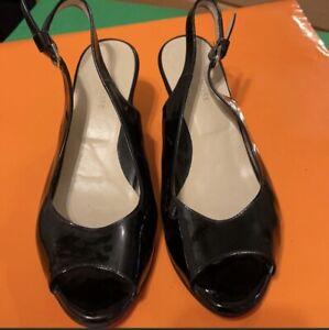 """Taryn Rose 2"""" Peeptoe Heels. Made In Italy. Show Light Wear. Size EUR 36 = US 6"""