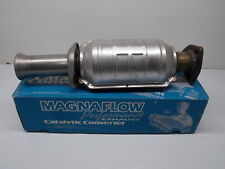 NEW MagnaFlow Direct Fit Catalytic Converter 22636 RACE STREET HOT ROD 092717-36