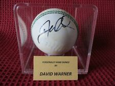 AUSTRALIA DAVID WARNER SIGNED WHITE CRICKET BALL & DISPLAY CASE - PHOTO PROOF