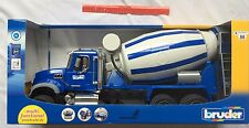 Bruder MACK Granite Concrete Cement Mixer Truck 02814 Scale 1:16 BRAND NEW 3+