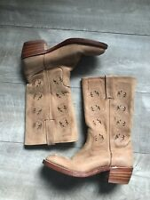 FRYE 77035 LTN Austin Flower Cut Out Tan Leather Riding Boots Women's Size 9 M
