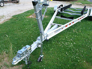 2021 Venture Boat Trailer, 21-33ft boats...(Pls. Read Description)