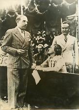 Le baron Jean Empain et miss Rosezell à l'hippodrome de Longchamp Vintage s