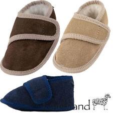 Chaussures en daim pour bébé