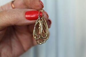 LOVELY 9CT YELLOW GOLD DROP / DANGLE EARRINGS.