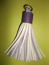 Porte Clefs Bijou de Sac Pompon 100 % Cuir Souple Couleur Violet & Crème 17 cm