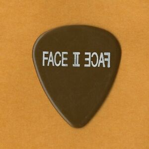 Elton John 2004 Face II Face tour w/ Billy Joel Davey Johnstone band Guitar Pick