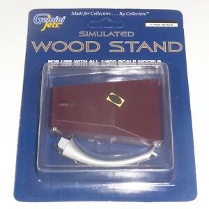 Wood Effect Display Stand Gemini Jets For Models Scale 1:400 GJSTD1487