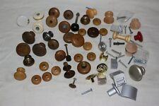 Gros lot de boutons poignées de meubles portes armoires en bois et alu