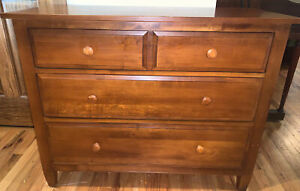 ETHAN ALLEN Country Colors Solid Dovetailed Lowboy Three Drawer Dresser
