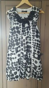 Boohoo Black and White 60's style Dress with sequin detail UK size 8