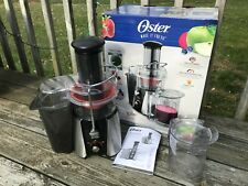 Oster FPSTJE9010 JusSimple 2-Speed 900 Watts Juice Extractor Juicer