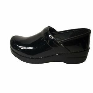 Dansko Professional Black Patent Leather Clogs Marie Size 6.5 as is