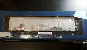 HO SCALE BLMA CEFX TRINITY 64' MODERN REEFER REFRIGERATOR BOXCAR 52908 RD 99212