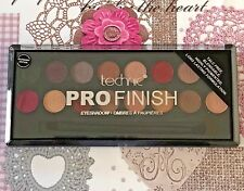 Technic PRO FINISH 16 Colour Eyeshadow Palette & Brush. RASPBERRY EDITION x