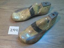 VINTAGE PAIR Wood Wooden Size 8 EE MUNSON REMODELED Shoe Factory Last Mold  #244