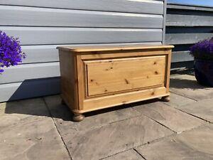 Pine Blanket Box. Toy Box Storage Trunk