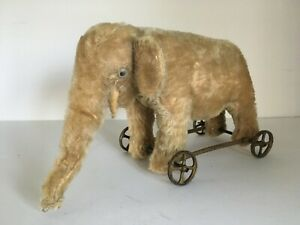 Antique 1910s Vintage Steiff Elephant Pull Toy Metal Wheels Glass Eyes