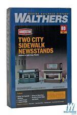 3773 Walthers Cornerstone City Sidewalk News stands (2) HO
