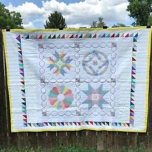 Vintage Handmade quilt 77.5 x 57.5