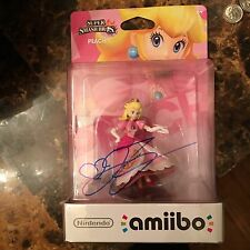 Jen Taylor  Signed Princess Peach Amiibo Figurine JSA Authenticated