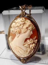 Antico laminato oro Conchiglia Intagliata Cameo Ciondolo & Catena