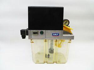 SKF MKU2-KW3-20003+428 Schmierölpumpe Zentralschmierung für ÖL