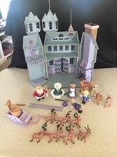 RUDOLPH THE RED-NOSED REINDEER SANTA CASTLE / ACCESSORIES / FIGURINE LOT