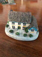 "Irish Pub Figurine - ""Kelly'S Bar"" - Excellent Condition"