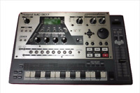 Used ROLAND Roland Drum Machine MC-307 Groovebox Synth mc307