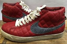 2006 NIKE SB RED SUPREME BLAZER  100% AUTHENTIC HIGH AIR DUNK GRAPHITE YEEZY 10
