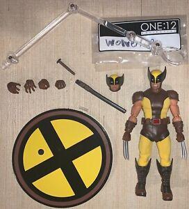 XMen Mezco One 12 1:12 Collective Wolverine Authentic Classic Brown Figure