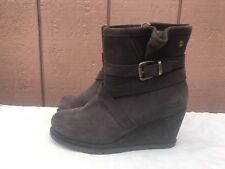 EUC Cat By Caterpillar Bemuse Brown Womens Suede Wedge Boots US 6 M EUR 37