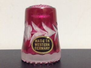 🔴⚪🔵 VTG Cranberry Etched Glass Flower Scalloped Edge Thimble Western Germany