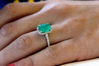 Real 925 sterling silver Solitaire ring 1 tcw Green Emerald Halo white round