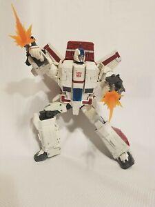 Transformers Generations War for Cybertron: Siege Commander Jetfire