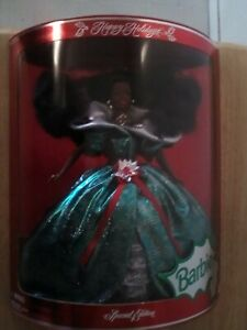 BARBIE 1995 Happy Holidays MATTEL Special Edition Doll African American Woman 95